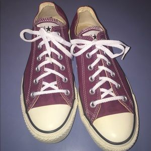 Converse All-Star canvas low top sneakers size 7